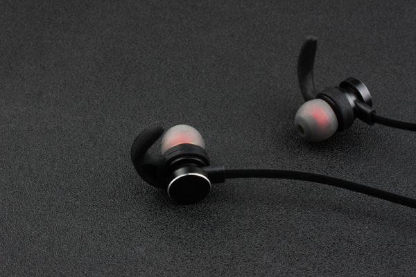 Sports Wireless Bluetooth Earphone - Neckband - 15
