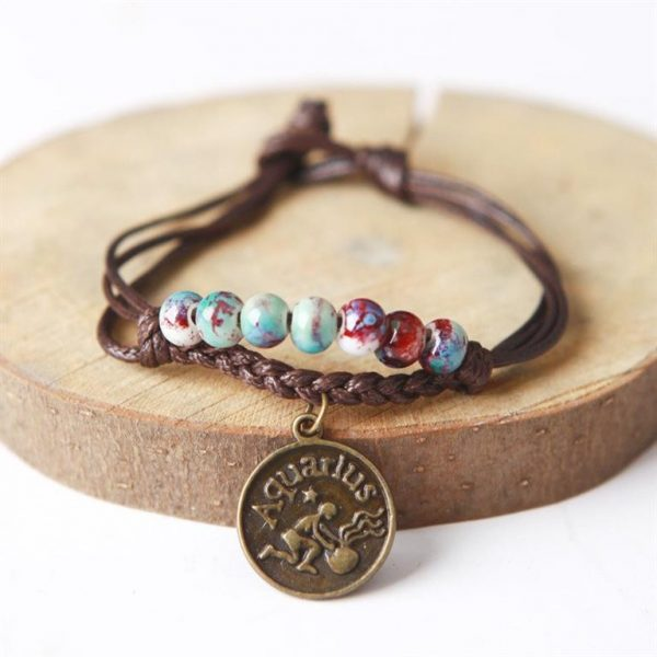 Charm Bracelet With Astrological Sign Pendant - Aquarius