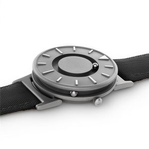 Minimalist Magnetic Ball Fashion Watch For Men