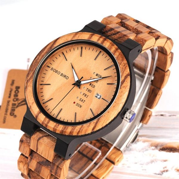 Men's Wooden Watch With Week Display - Close Up