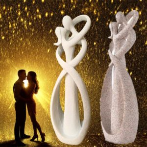 Kissing Lovers Figurine - 1