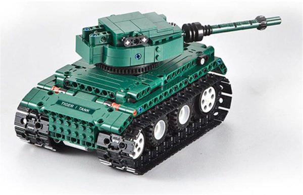 Motorized WW2 German Tiger 1 Tank - Building Blocks - 10