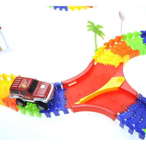 Adventure Park Track And Car Set 5